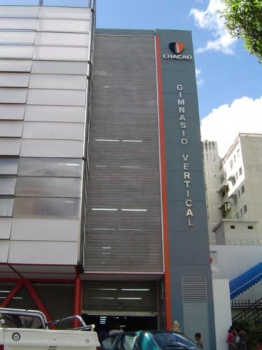 Culminada rehabilitación de Gimnasio Vertical en Bello Campo