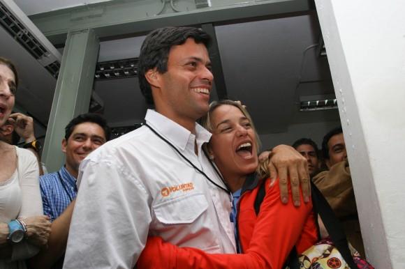Leopoldo López y Lilian Tintori de López :: Elecciones Abiertas de Voluntad Popular