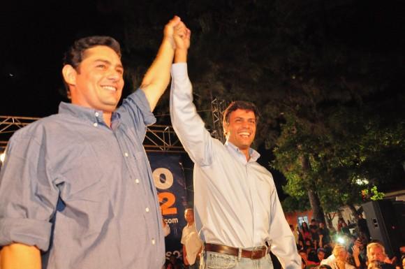 Leopoldo López junto a Carlos Vechio en la Asamblea de Caripe, estado Monagas