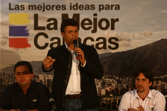 Leopoldo López invitando a todos los venezolanos a votar el próximo 12 de febrero